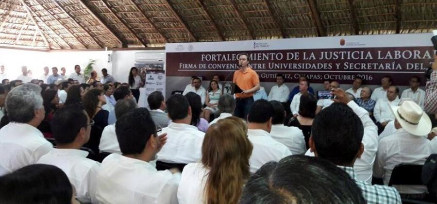 Convenio de Colaboración entre Universidades y Secretaria del Trabajo